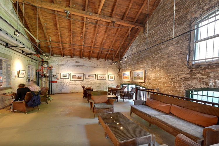 Upstairs venue space at Balzacs Cafe location
