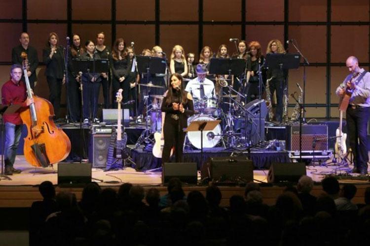 Concert at Congregation Habonim venue in Toronto